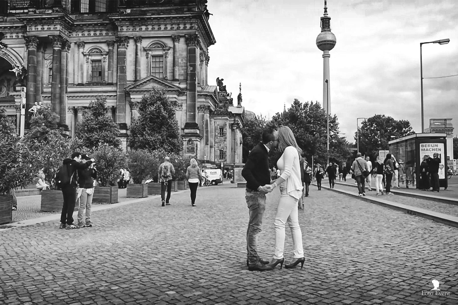 Love Session Berlin #destionationwedding by FotoEvent_23