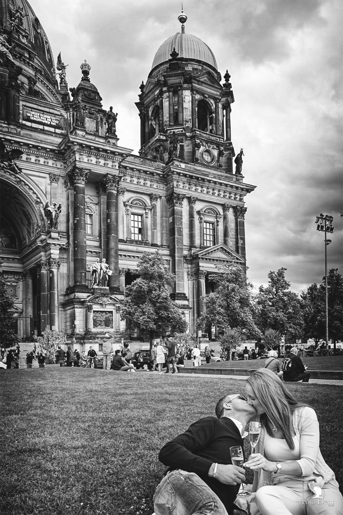 Love Session Berlin #destionationwedding by FotoEvent_19