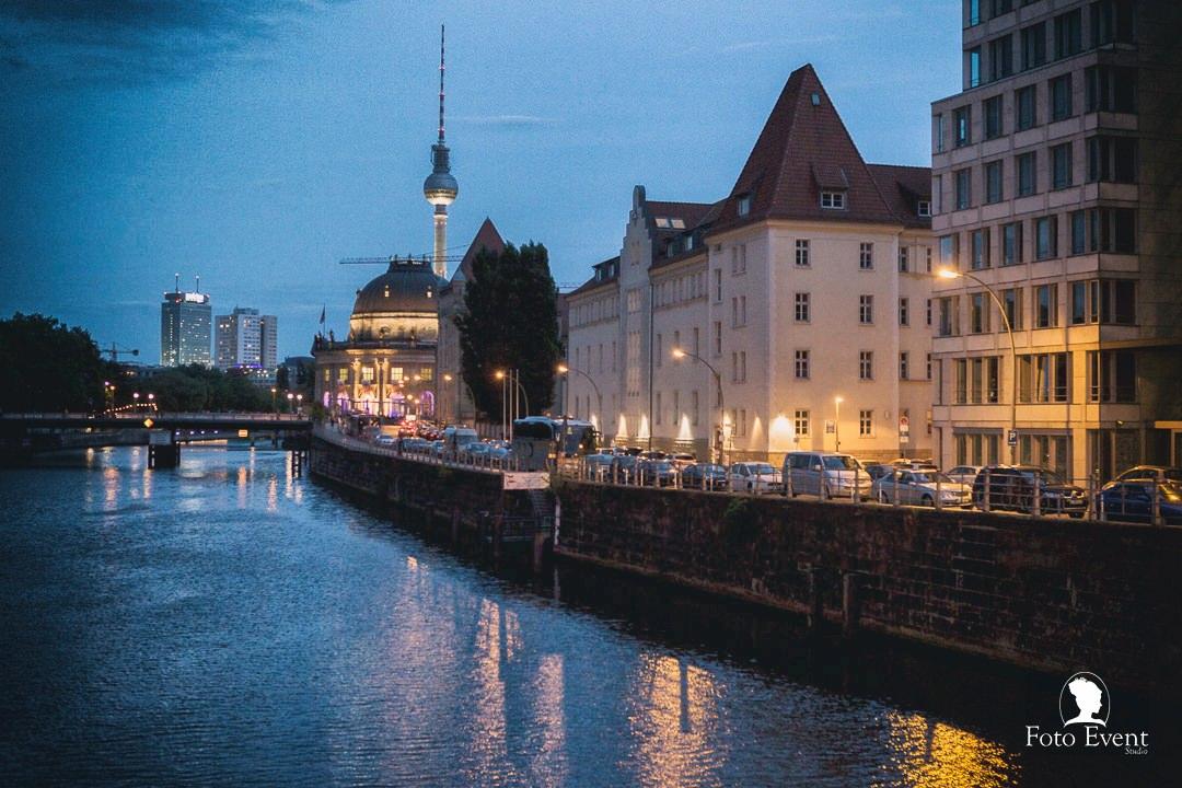 Love Session Berlin #destionationwedding by FotoEvent_25