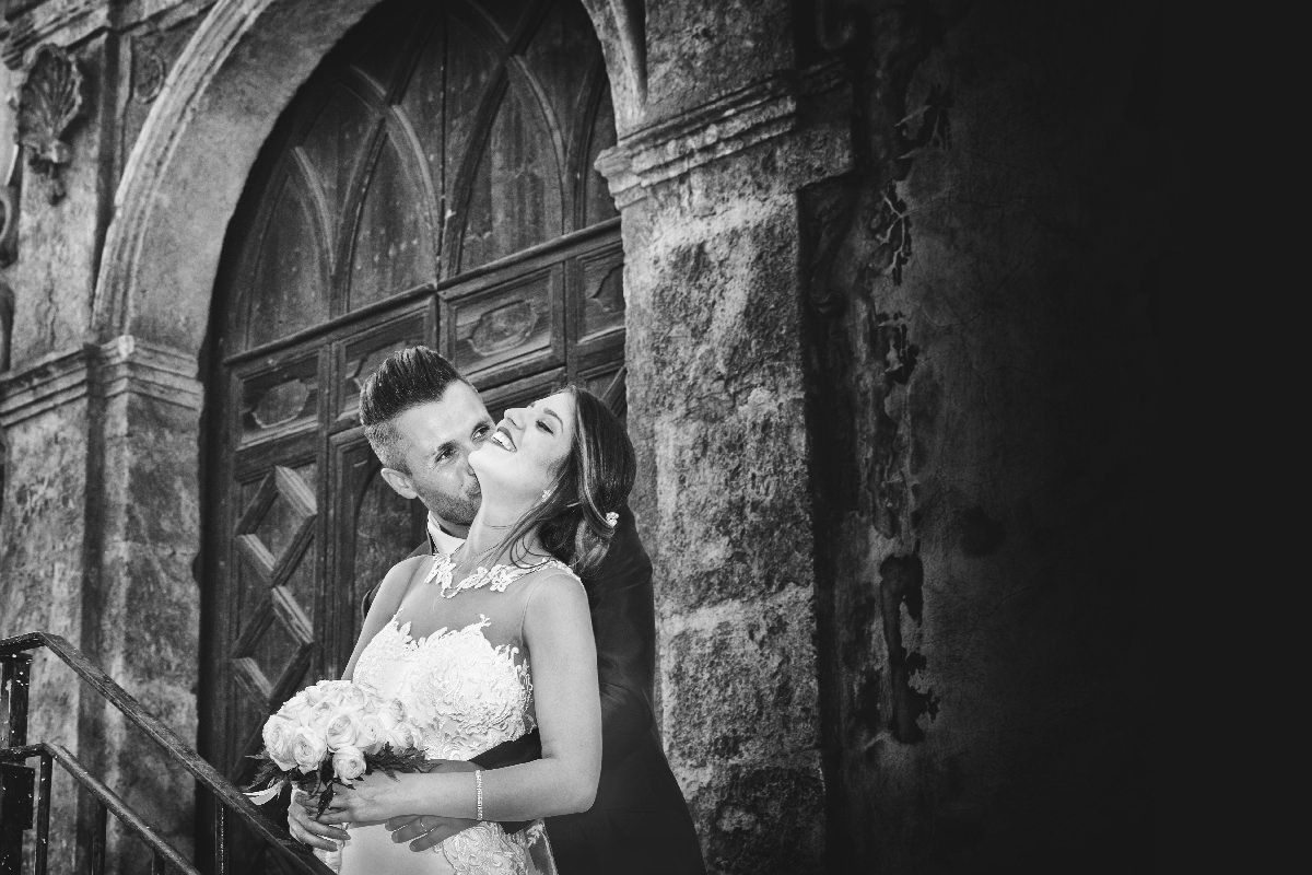 Bacio sposi sicilia Foto Event Studio