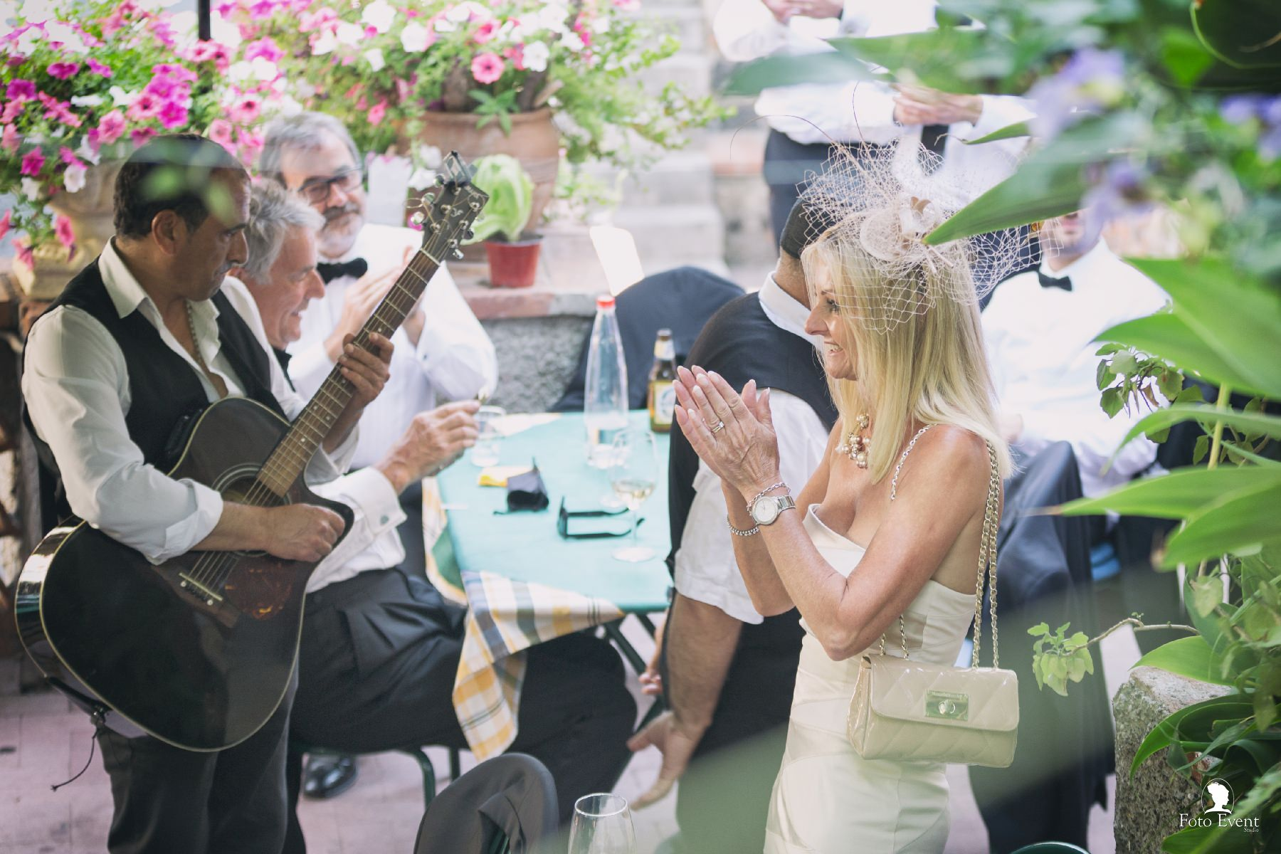 2017-06-01 Matrimonio Karen e Martin Pearson 5DA 321 CD_facebook