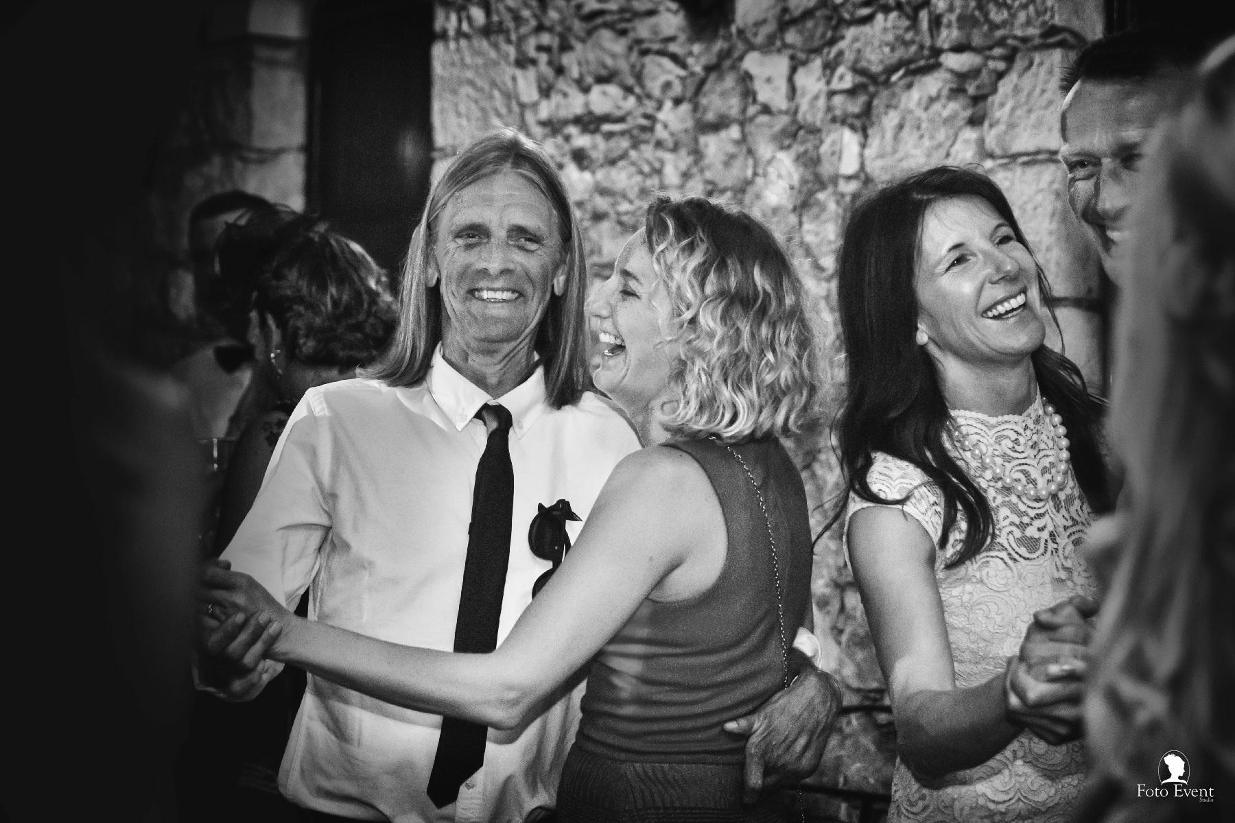 2017-06-01 Matrimonio Karen e Martin Pearson 5DE 1379 CD_facebook