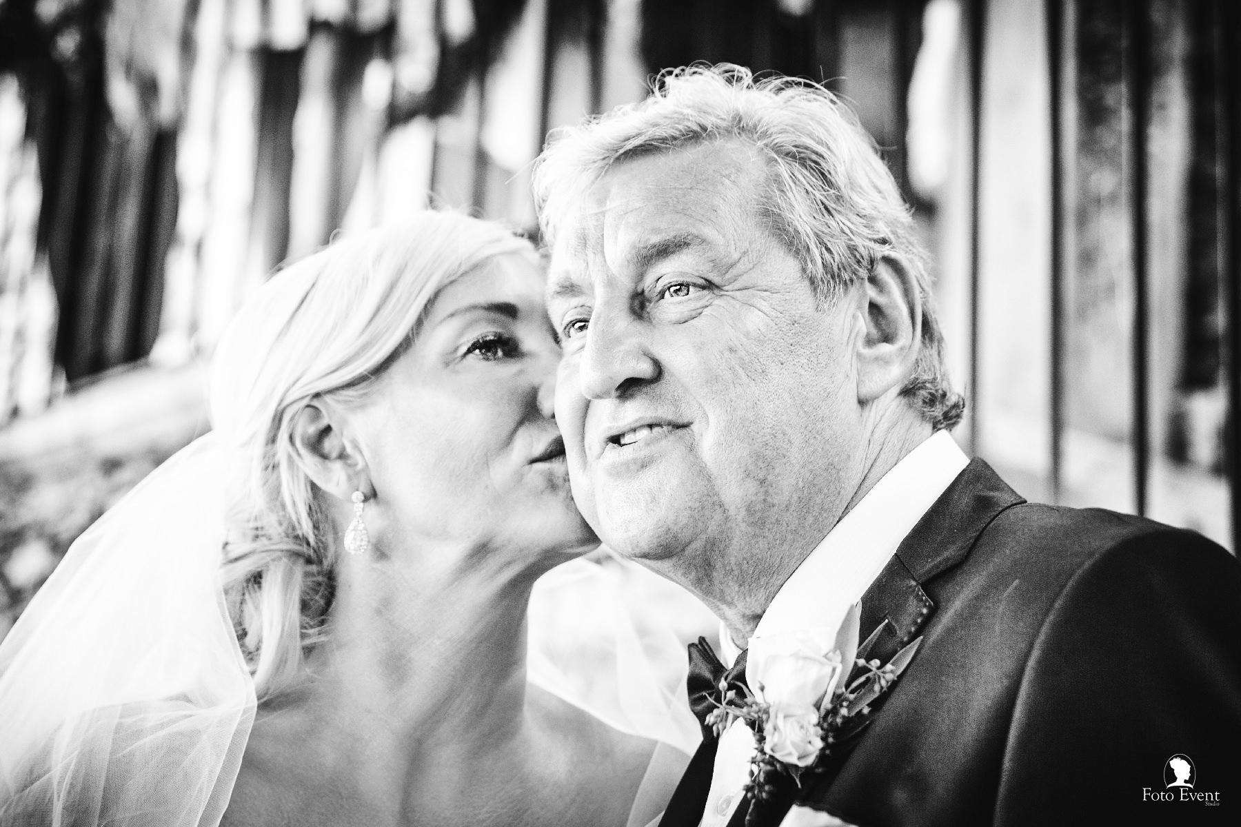 2017-06-01 Matrimonio Karen e Martin Pearson 5DE 903 CD_facebook